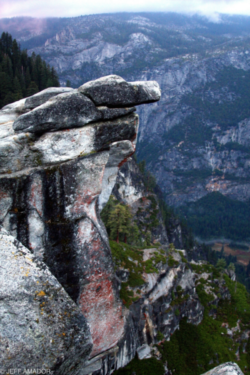 Hanging Rock at Glacier Point