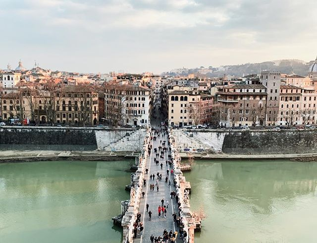 Follow the path and trust the process ☝🏽. . . . . . #travel #lifeofadventure #exploreeverything #highvibelife #traveljournal #bridges #buildbridgesnotwalls #italia #discoveritaly #exploringitaly #italiabella #italy #roma #rome #viaje #perspective #myview #alwaysgo #neverstopexploring #welivetoexplore #italytravel #italyvacation #italian_places #framesofitaly #igersitaly #igitaly #iloveitaly #italianlandscapes #perfect_italia