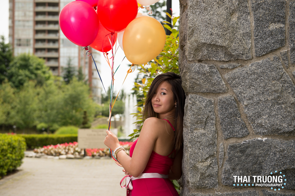 Mid shoot, my balloons floated away! :( I wanted to give them to the kids nearby after I was finished with them!