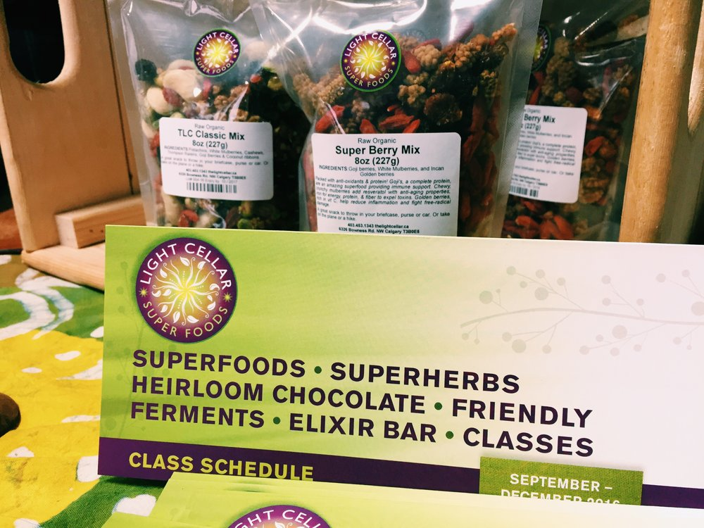 LIGHT CELLAR  : curator of superfoods all around the world, available to deliver to your door.