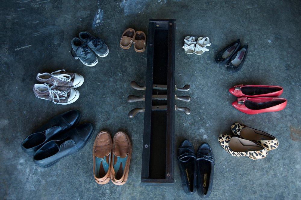 In The Round   Piano pedals, shoes