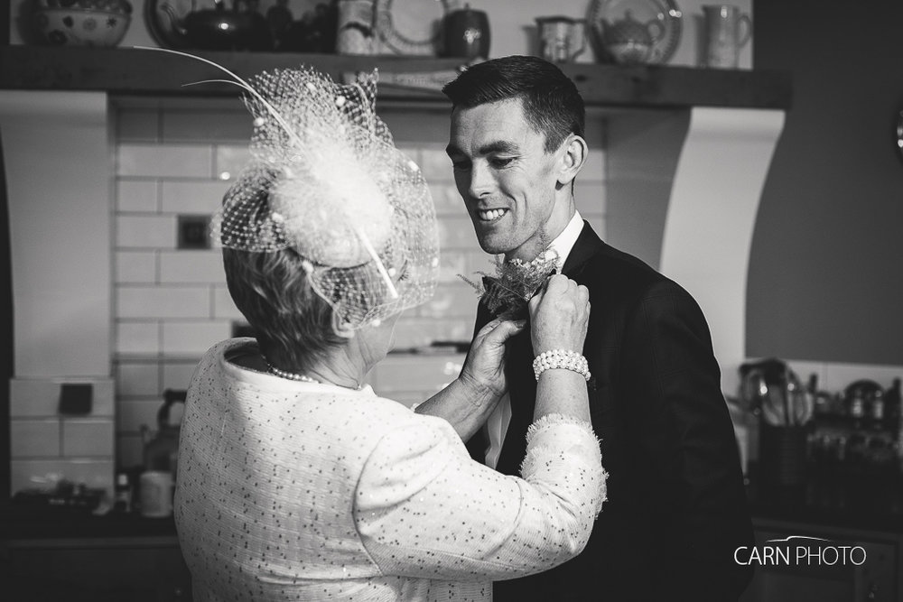 Wedding-Photographer-Killyhevlin-Enniskillen-Hotel-011.jpg