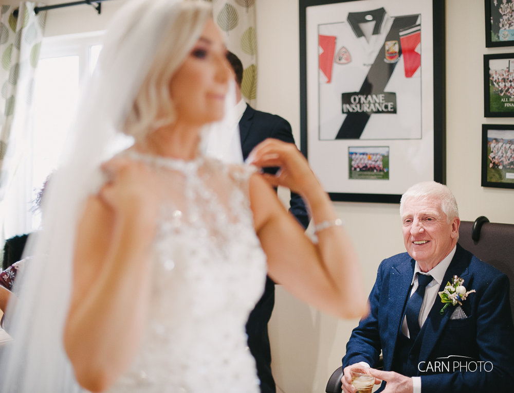 Wedding-Photographer-Inishowen-Gateway-Donegal-Hotel-013.jpg
