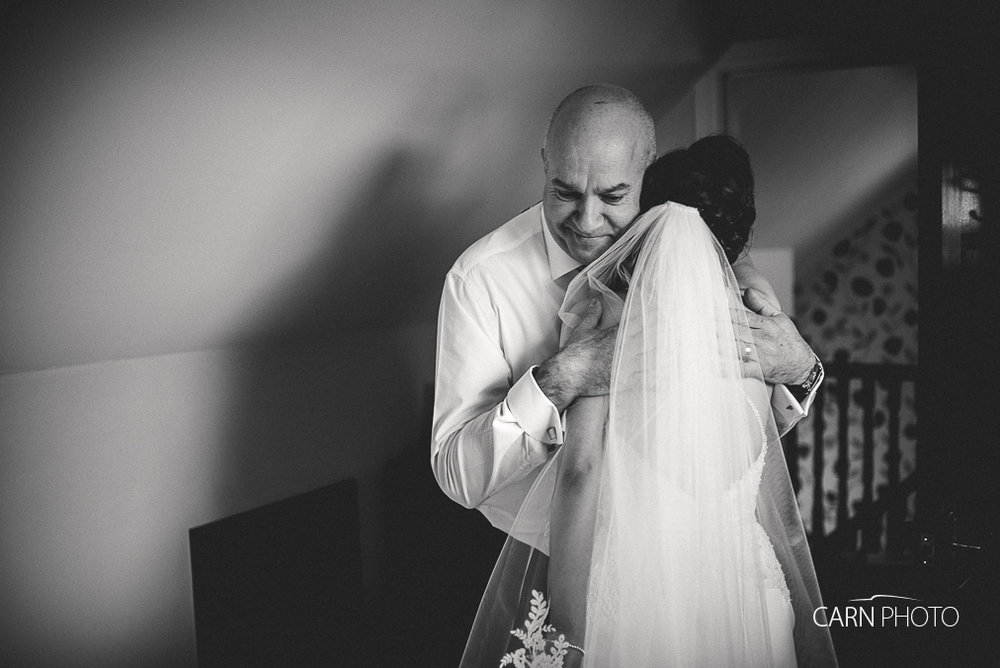 Wedding-Photographer-Glenavon-House-Hotel-024.jpg