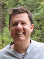 Chris Gerbing - EFFA Chris is a science communicator specialising in communication of climate and ocean sciences. He has been working in the communication and engagement sector for over 10 years. Chris is the Director of the Environmental Film Festival.