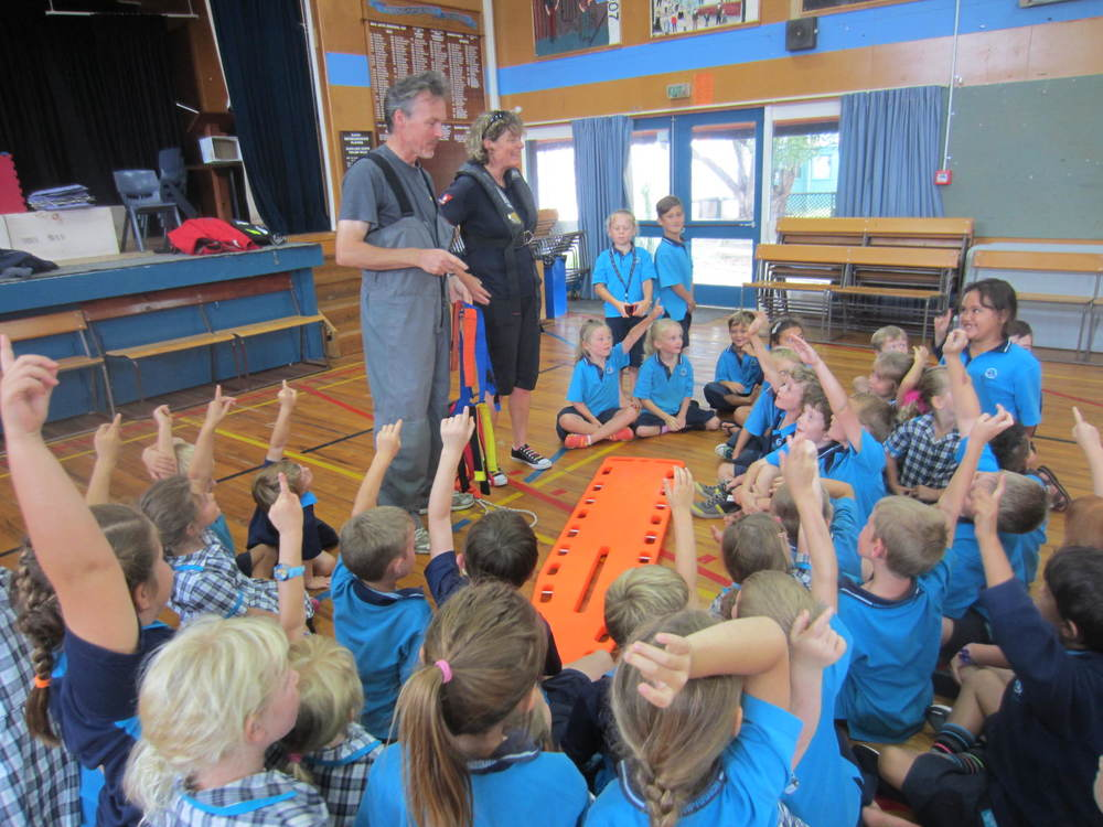Whangaparaoa Primary junior medics in training