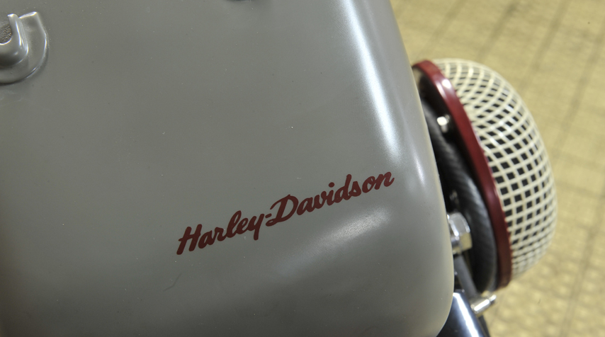 "Beautiful paintjob: ""Harley Davidson"" signature on a Motoconfort tank from the 50's."