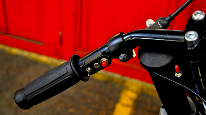 - simplified electric wiring; - stainless stell Blitz Motorcycles mini switches to control horn + blinkers.