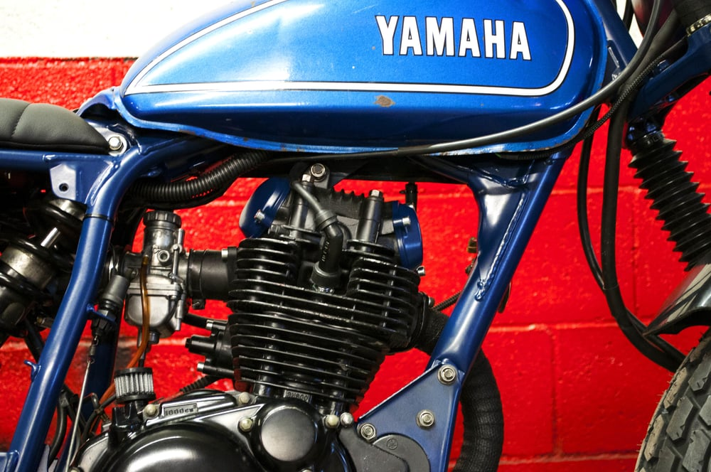Vintage  Yamaha AT2  tank, mounted as found. Obviously.