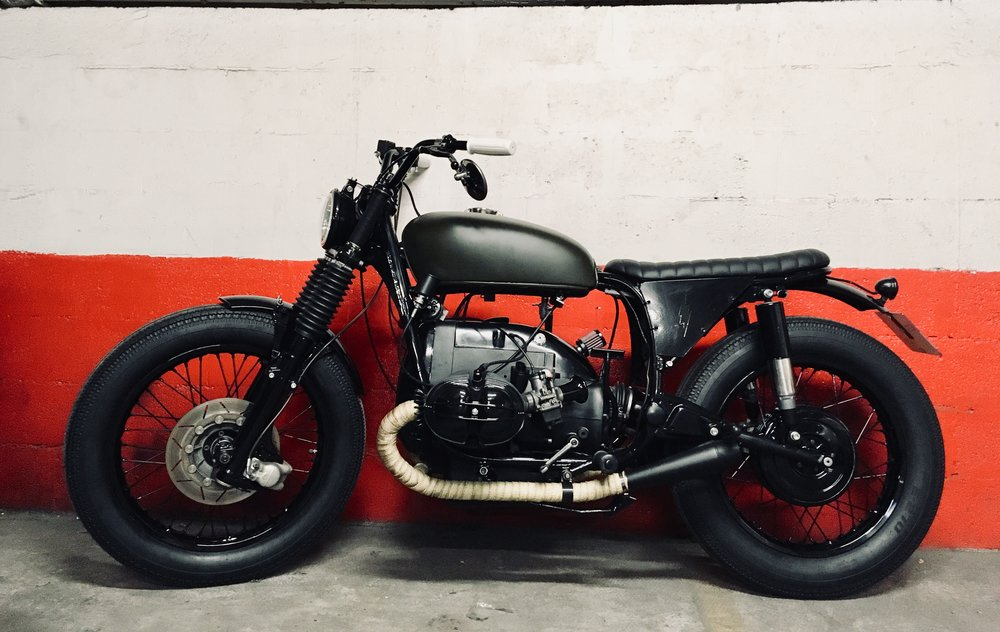 - Fully rebuilt motorcycle;  - shiny black powder coating of the frame + forks + handlebar;  - mat olive green painting of the tank, hence the name of this motorcycle.