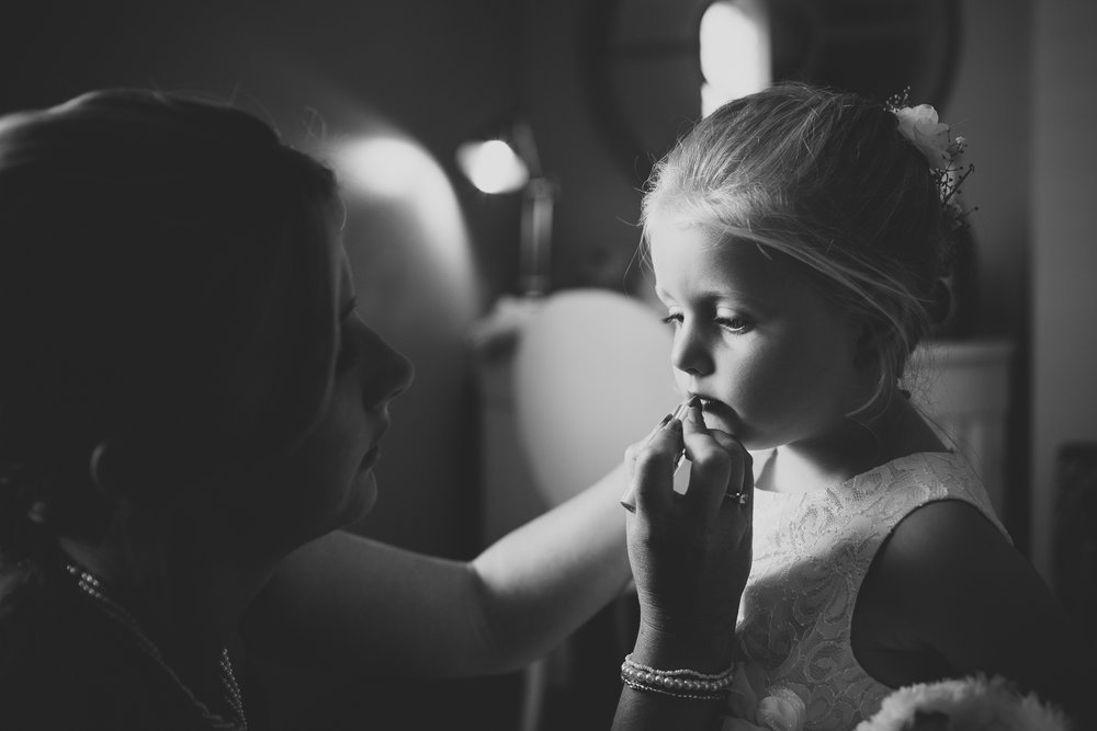 flower girl finishing touches