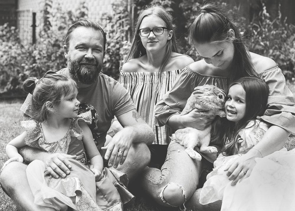 Family Starkai web.jpg