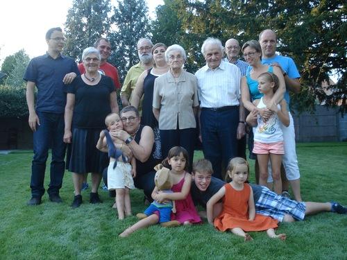 Naar een familiefeest (mama nam de foto)...  (O jee, wordt het dit soort blog?)