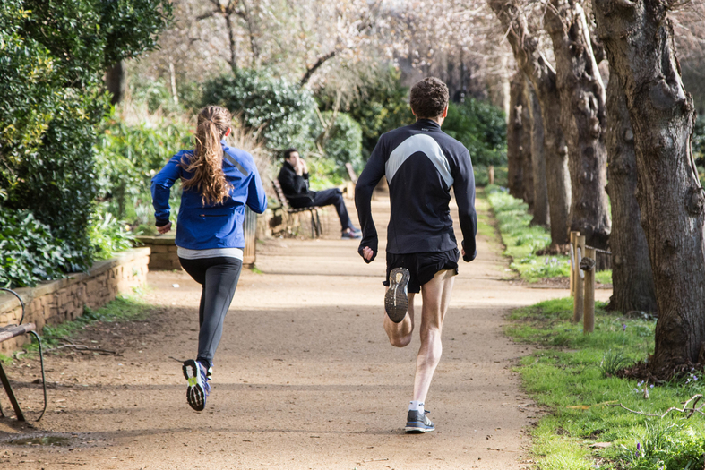 RUNNING TECHNIQUE COACHING (LONDON AND AMSTERDAM ONLY Certified Running Coaches, supported by top class dietitians, physiotherapists and masseurs.