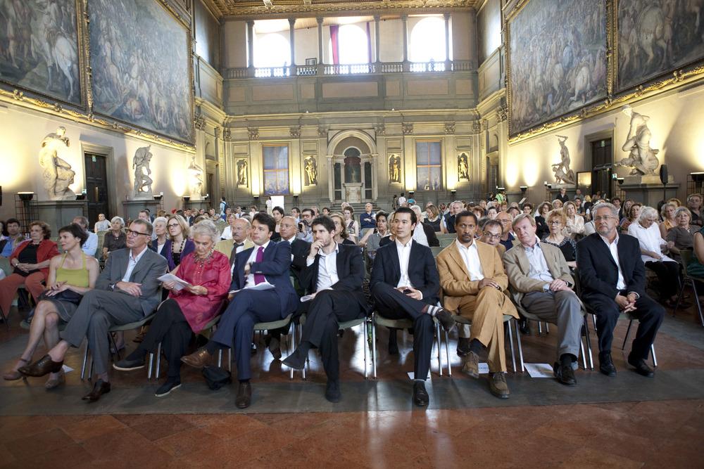 Award Ceremony in the Salone dei Cinquecento  L-R: Maurizia Balmelli, Michael Cunningham, Beatrice Monti, Matteo Renzi, Giuliano da Empoli, finalists Nam Le, Percival Everett, Jean Echenoz, and Hector Abad