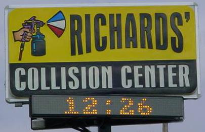 Richards' Collision Center Auto Body Repair Facility in Grandview, MO