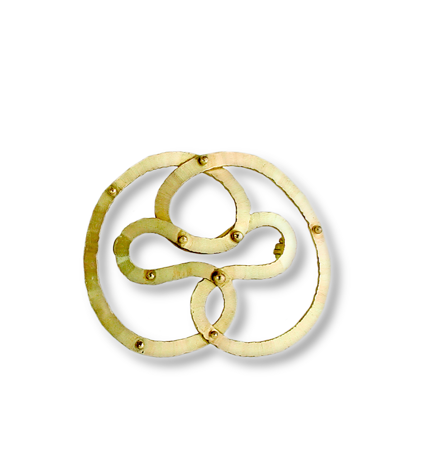 "Gurmit's ""Concubine"""" brooch inspired by the yoni symbol in 18 carat gold and diamonds."