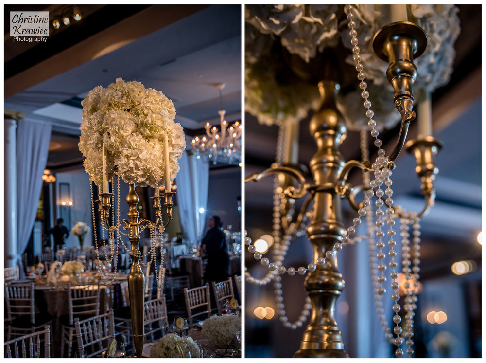 These centerpieces are incredible!  The gold and pearls flows with the dramatic decor of Vie