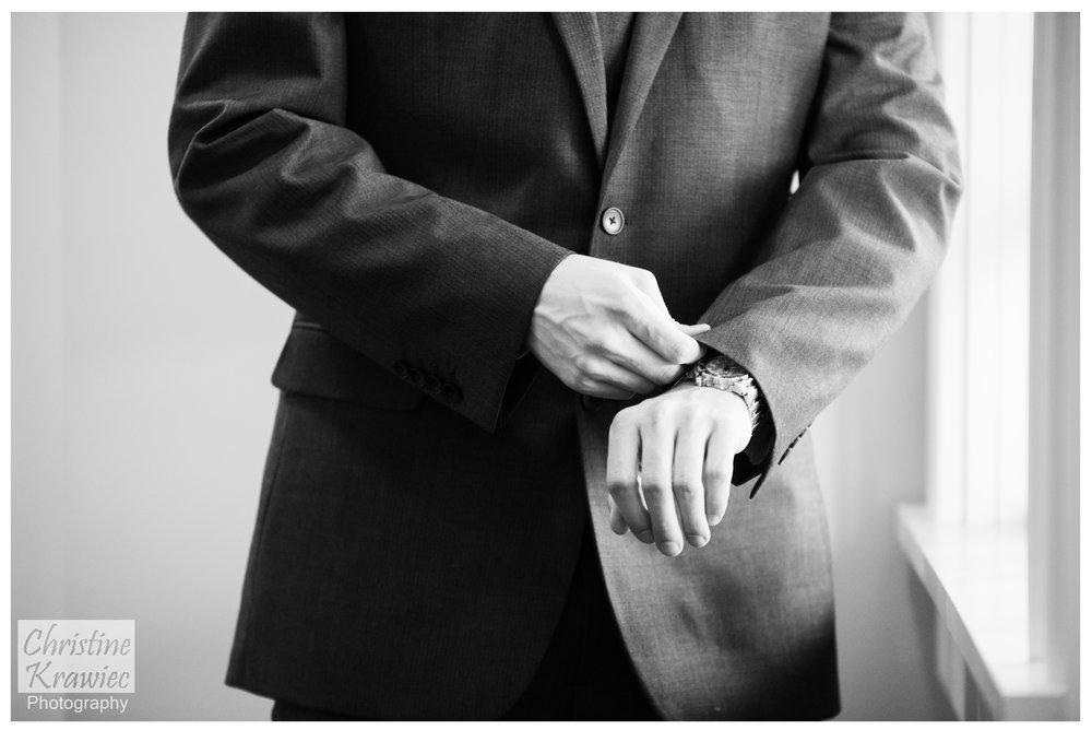 15 groom-getting-ready-hershey-country-club.jpg