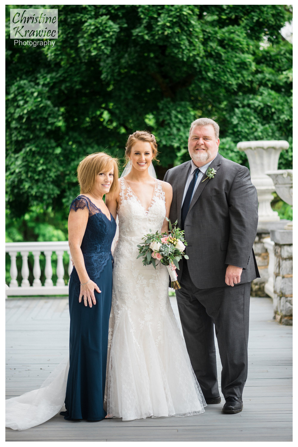 25 bride-and-parents-hershey-country-club.jpg
