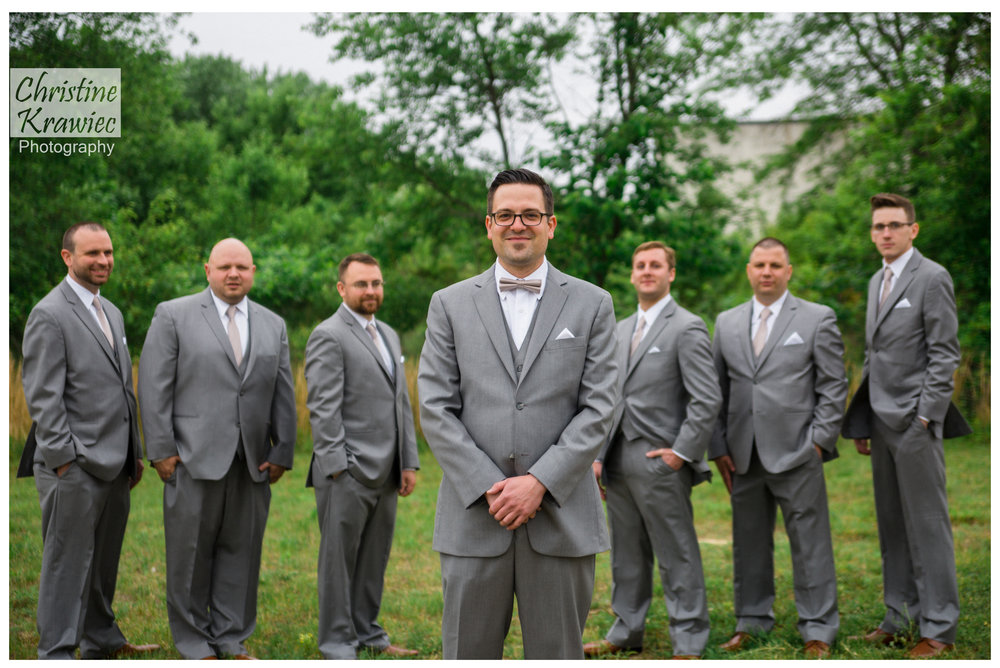 10 - groom_groomsmen.jpg