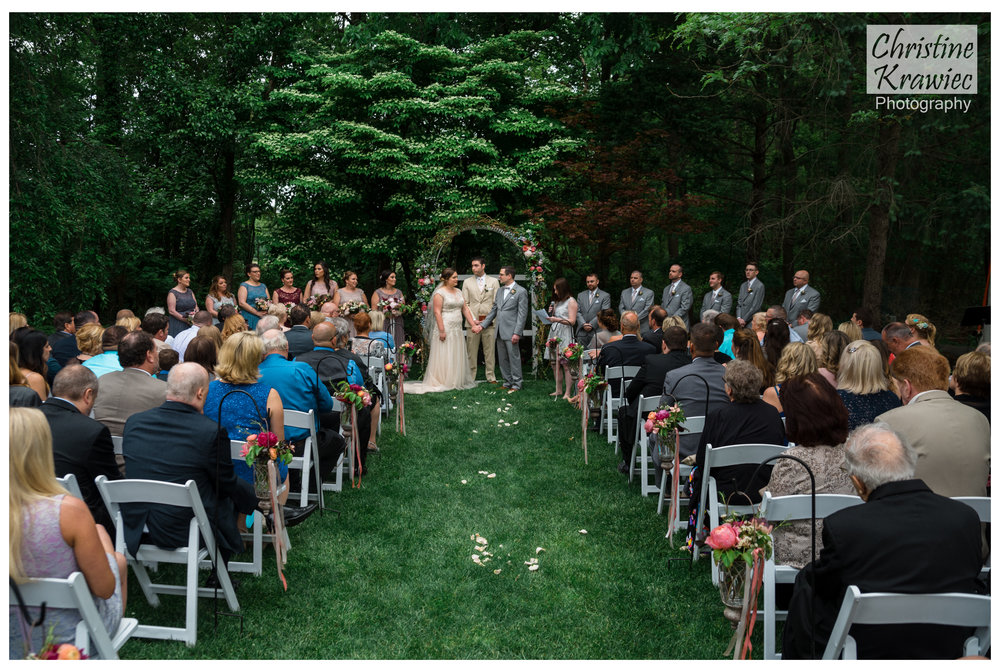 17.1 lakeside_manor_NJ_wedding.jpg