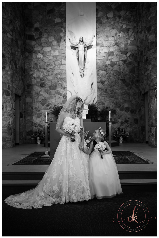 25 bride_and_flower_girl.jpg