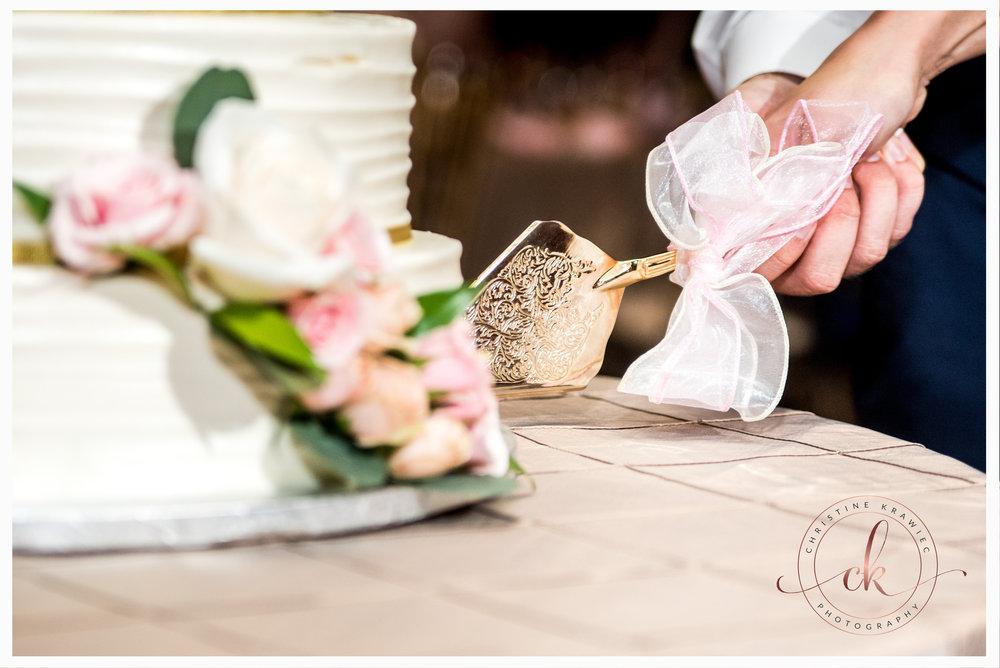 57 collingswood_wedding_cake.jpg