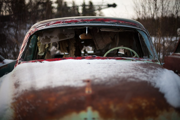 rusted classic car