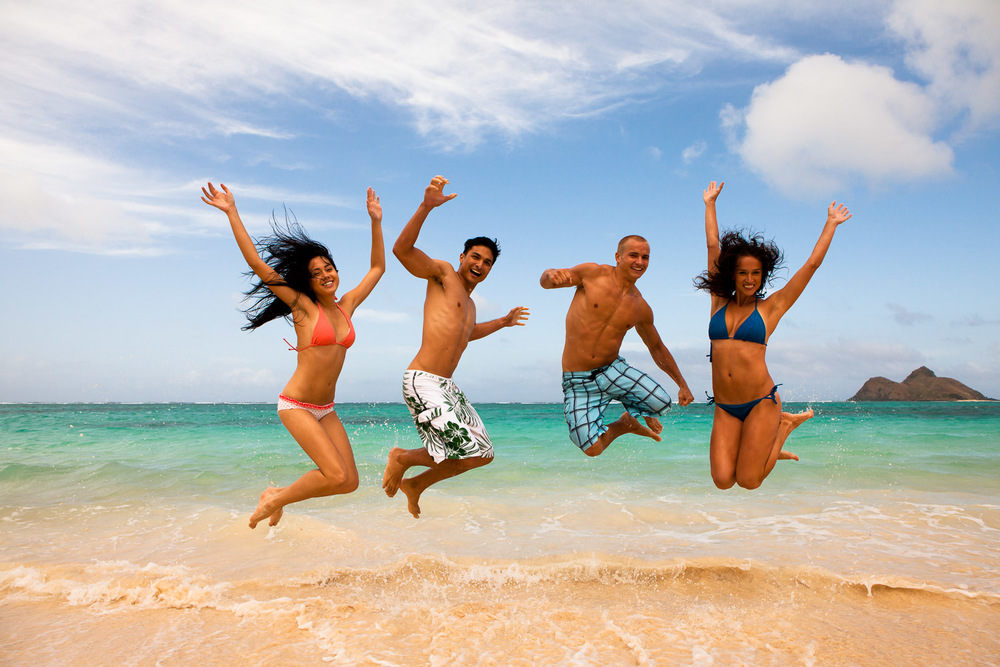 hawaii fun people jumping.jpg