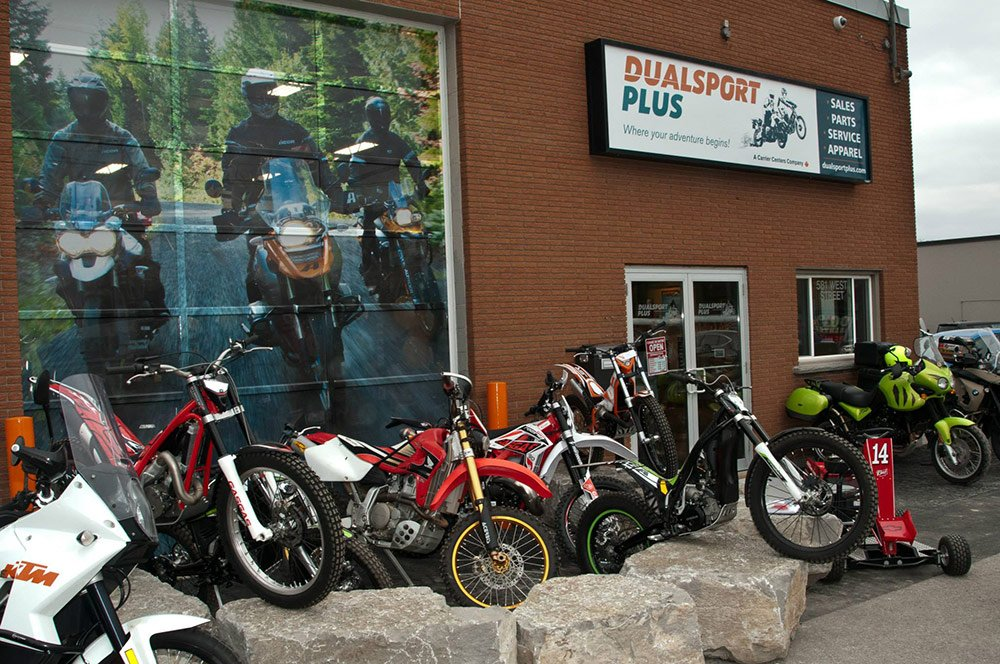 Arriving at Dualsport Plus - Clearly awesome at first sight