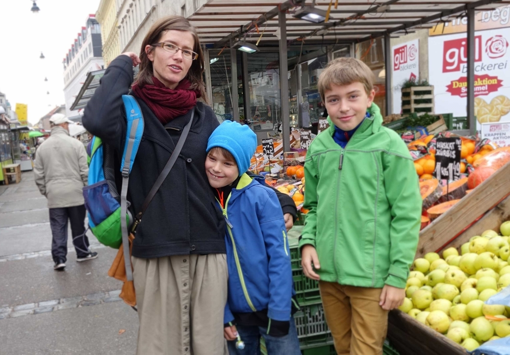 At the market with the Vienna Greeters