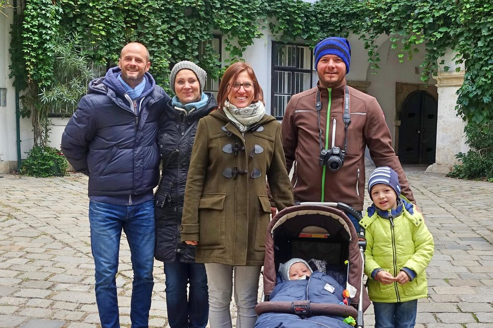 Happy family on a Vienna Greeters walk