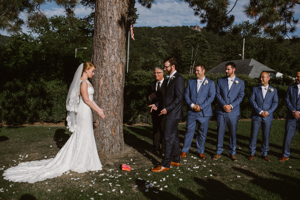 hudson-valley-wedding-photographer-highlands-country-club-197.jpg