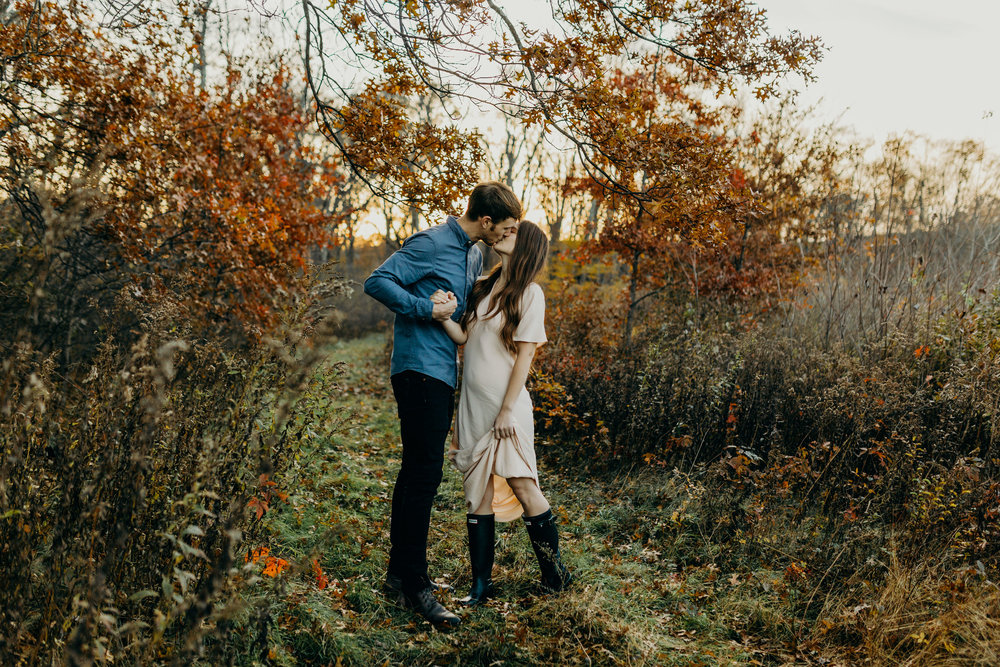 rustic-autumn-fall-north-northern-new-jersey-couple-portrait-elopement-photographer-156.jpg