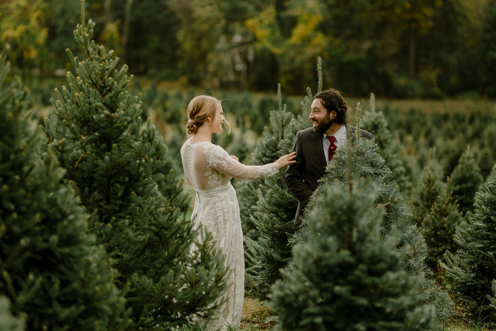 young-love-media-rustic-fall-autumn-wedding-emmerich-tree-farm-hudson-valley-warwick-new-york-first-look-20.jpg