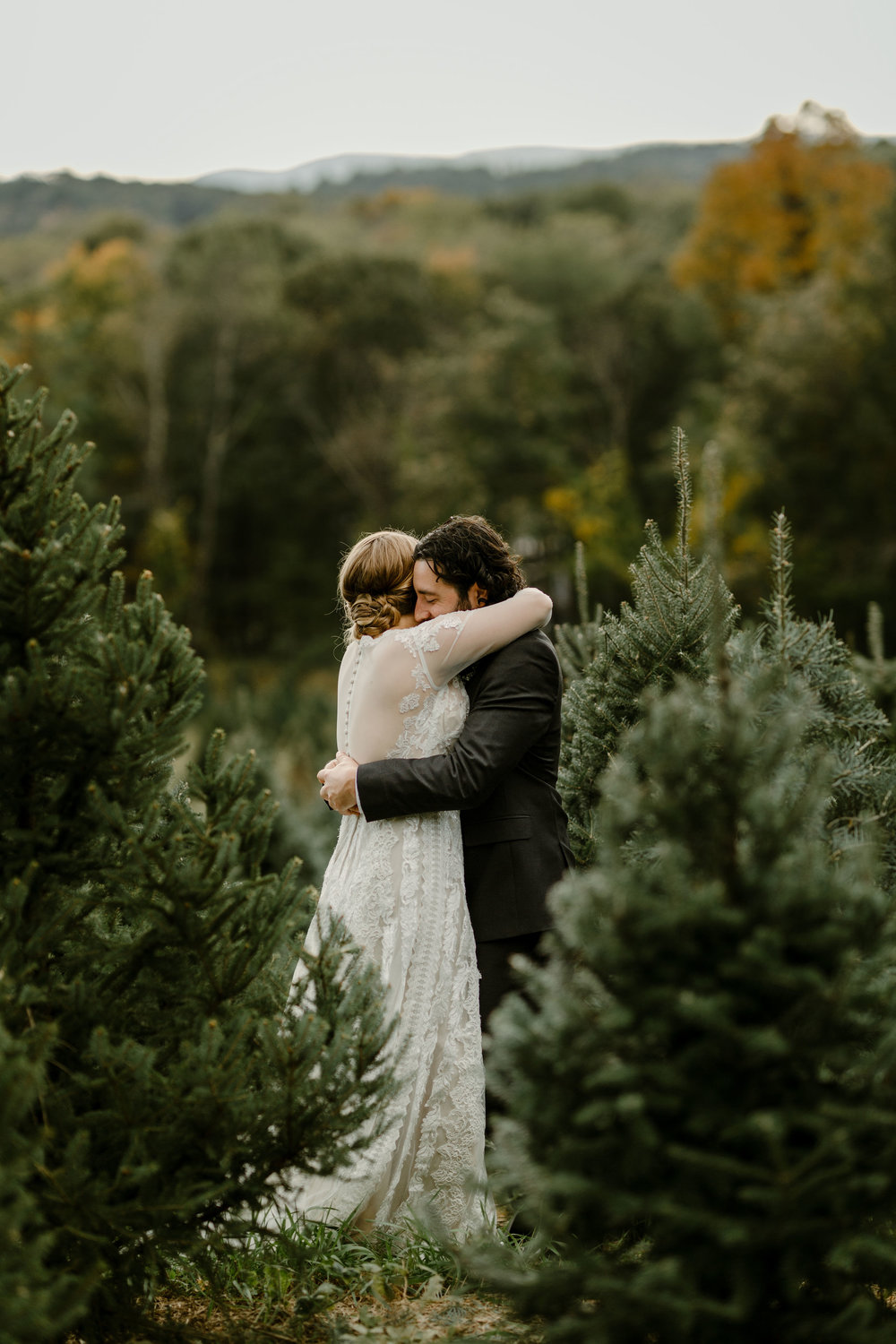 young-love-media-rustic-fall-autumn-wedding-emmerich-tree-farm-hudson-valley-warwick-new-york-first-look-28.jpg