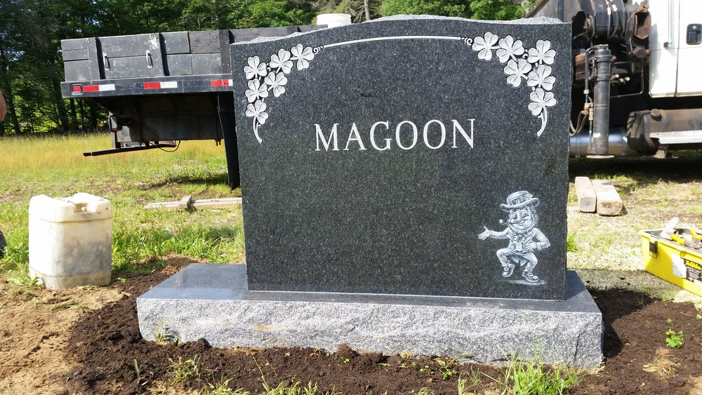 MAGOONmont (1).jpg