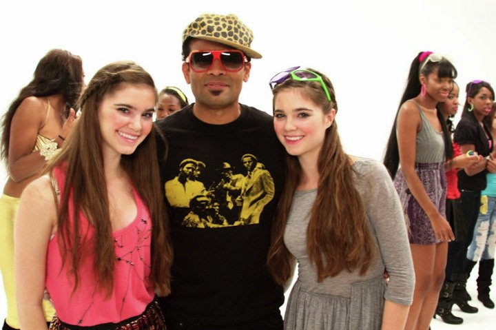 On set with director Mario Van Peebles.