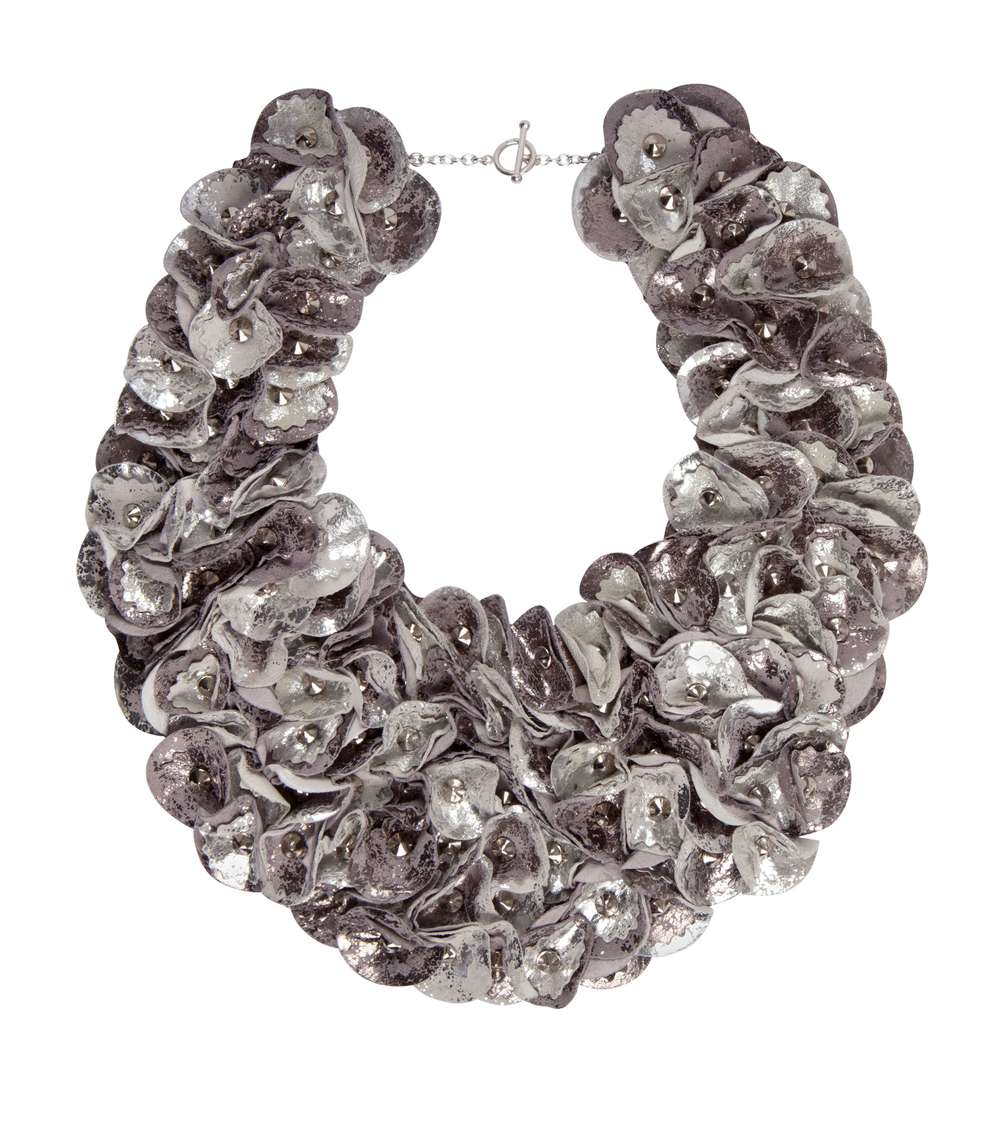 Rylie Antique Collar