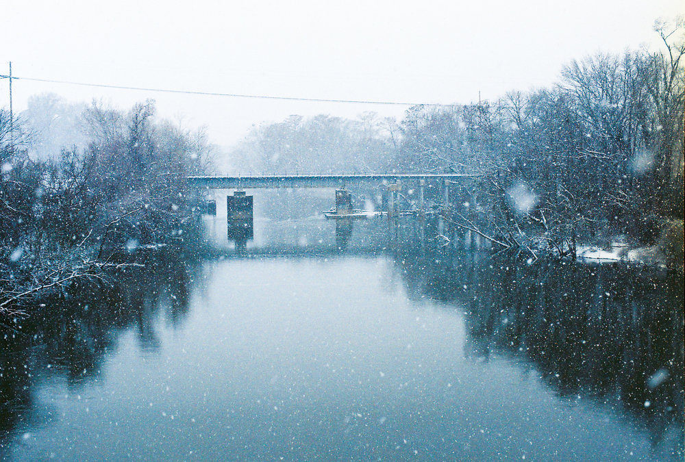 snow_river.jpg