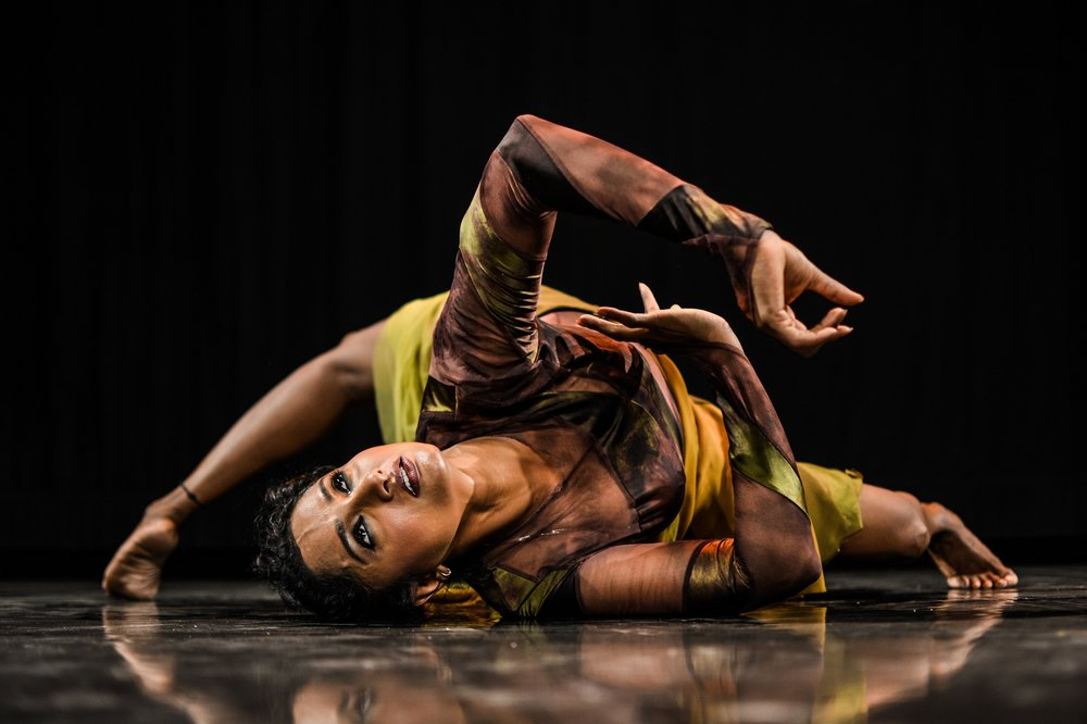 2Faced Dance Company 'Outlands' Tour - photo Soham