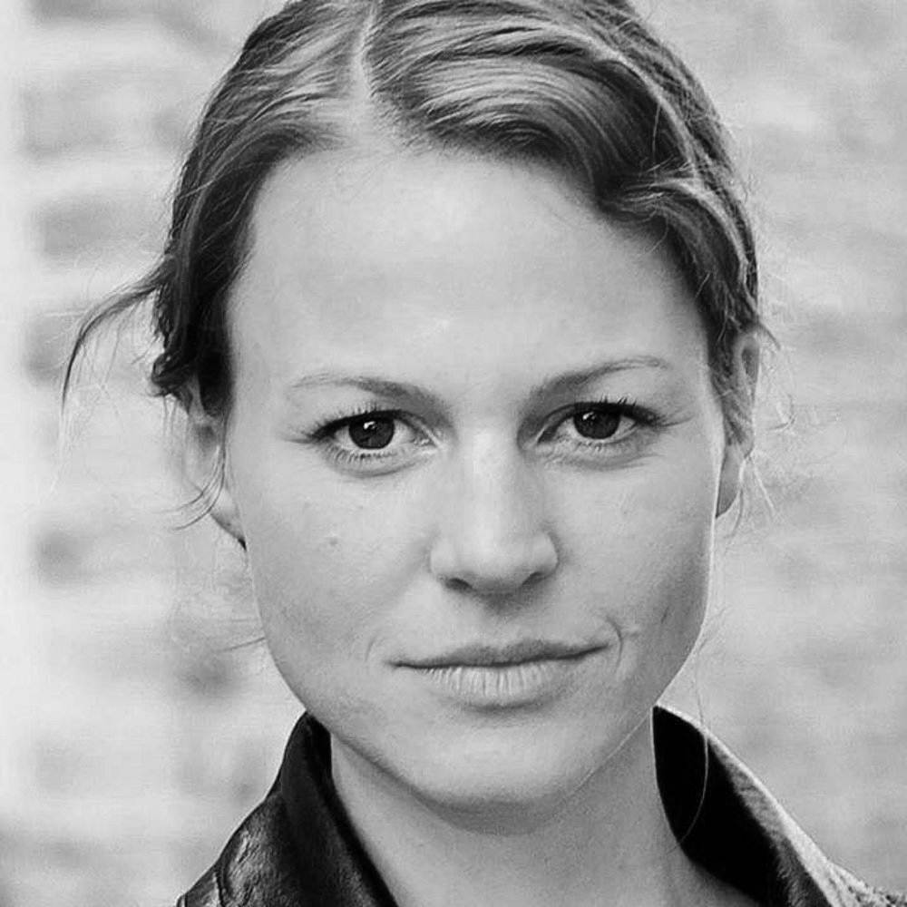 Maria Simon - We are pleased to announce that we have signed on German Actress Maria Simon (Good bye lenin) to play the role of Madam Avery in the upcoming short film written and directed by Clay Haskell. Visit IMDB for more information.