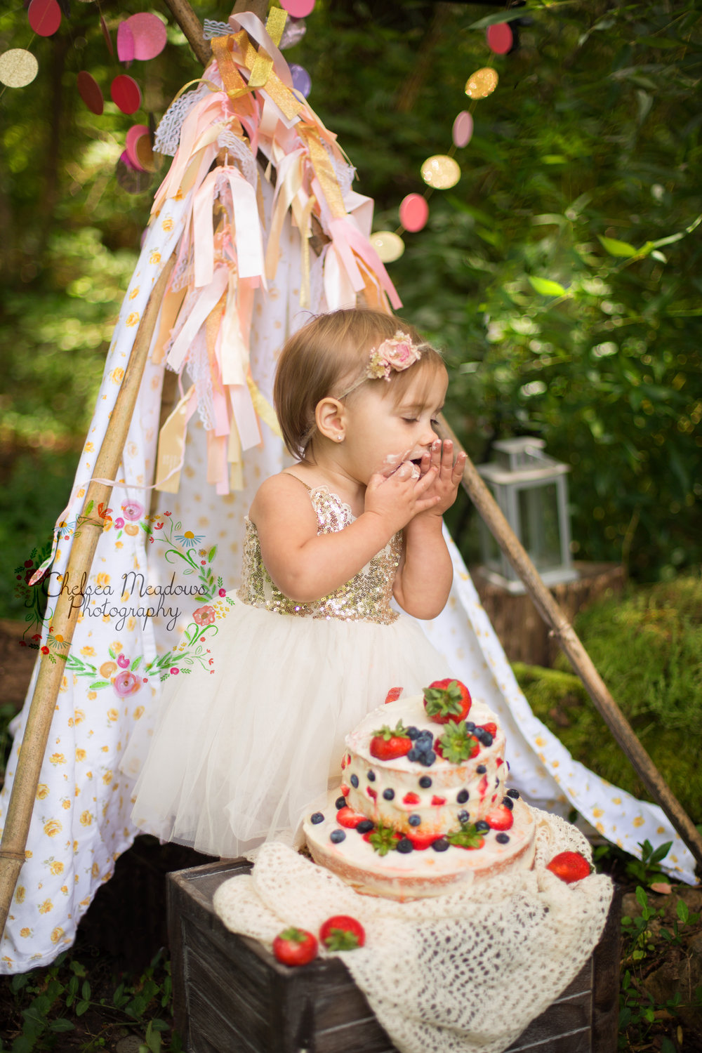 Paisley First Birthay Cake Smash - Nashville Family Photographer - Chelsea Meadows Photography (22).jpg