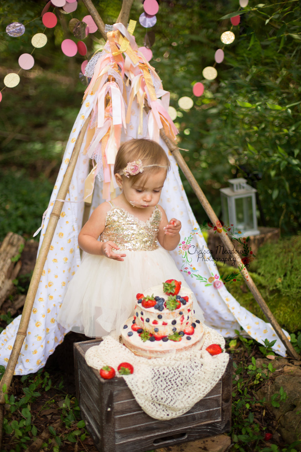 Paisley First Birthay Cake Smash - Nashville Family Photographer - Chelsea Meadows Photography (24).jpg