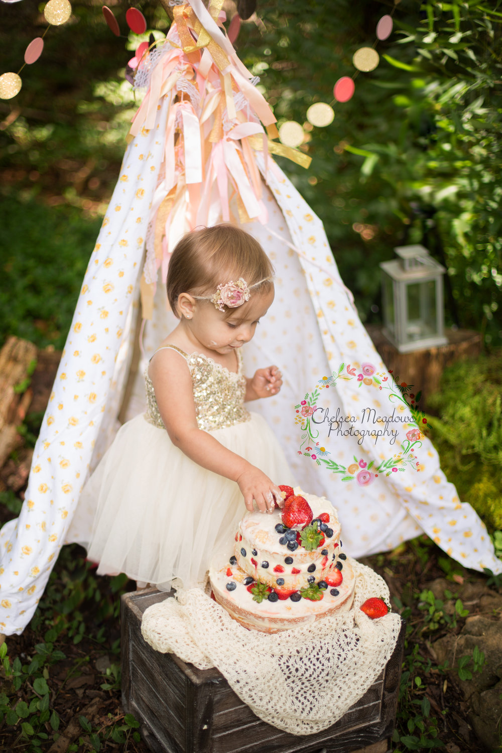 Paisley First Birthay Cake Smash - Nashville Family Photographer - Chelsea Meadows Photography (36).jpg