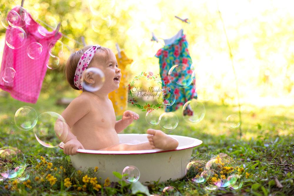 Paisley First Birthay Cake Smash - Nashville Family Photographer - Chelsea Meadows Photography (57)_edited-1.jpg
