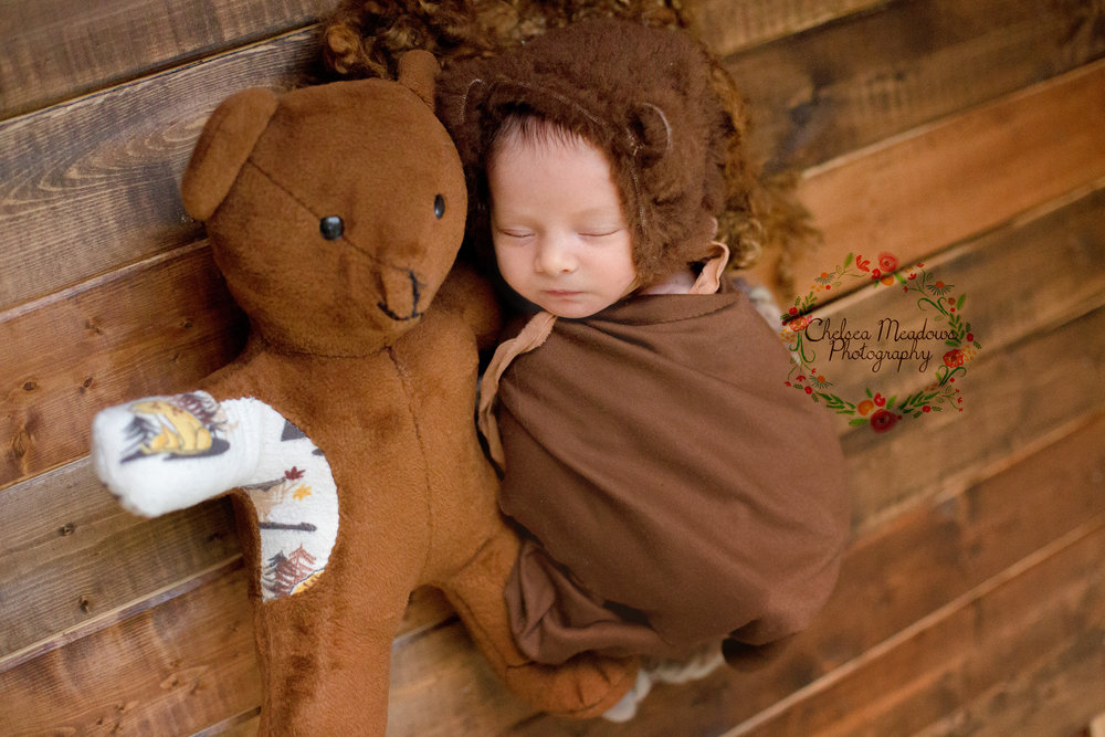 Rowan Newborn Session - Nashville Newborn Photographer - Chelsea Meadows Photography (19)_edited-1.jpg