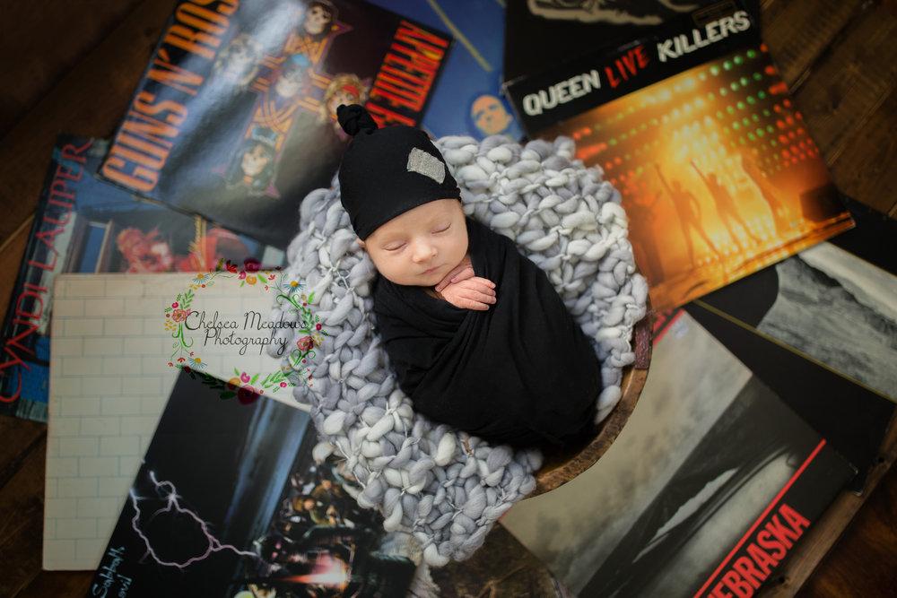 Rowan Newborn Session - Nashville Newborn Photographer - Chelsea Meadows Photography (15)_edited-1.jpg
