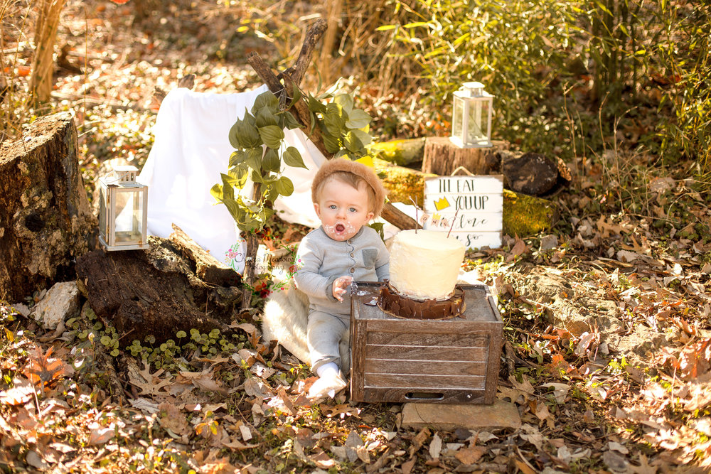 Matteo First Birthday Cake Smash - Nashville Family Photographer - Chelsea Meadows Photography (54).jpg